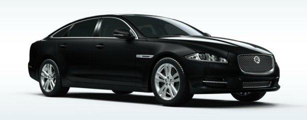 Jaguar XJ V8 lwb in ultimate black