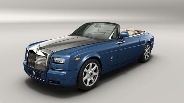 Rolls Royce Phantom Drophead Coupe in Metropolitan Blue
