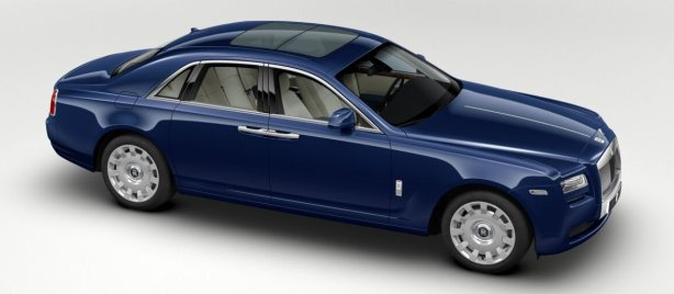 Rolls Royce Ghost in Royal Blue