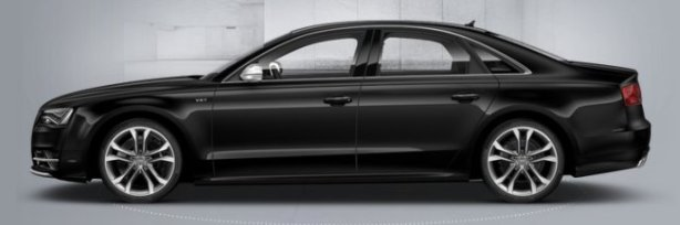 Audi S8 in Phantom Black