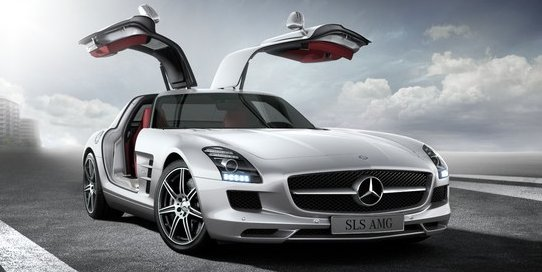 Mercedes Benz SLS AMG Coupe in Designo Mystic White