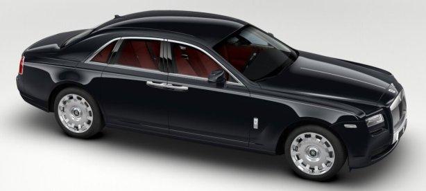 Rolls Royce Ghost in Diamond Black