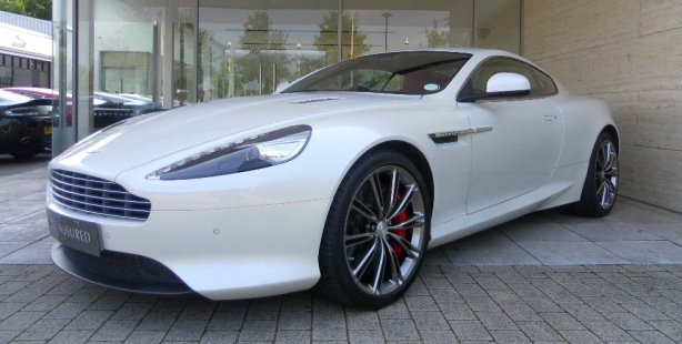 Aston Martin DB9 in Morning Frost White