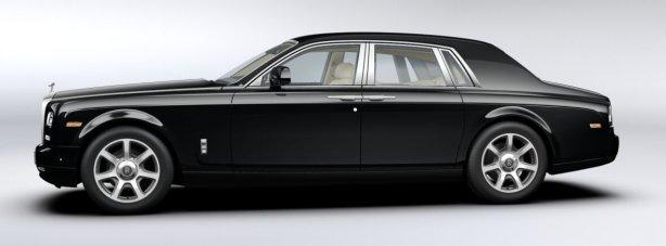 Rolls Royce Phantom in Diamond Black