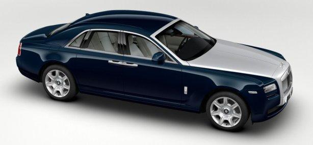 Rolls Royce Ghost in Midnight Sapphire