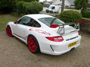 2010_Porsche_911_GT3_RS_-_Flickr_-_The_Car_Spy_(29)